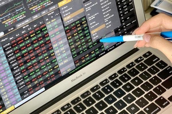 Cổ phiếu quỹ là gì? Đánh giá hoạt động mua lại cổ phiếu quỹ