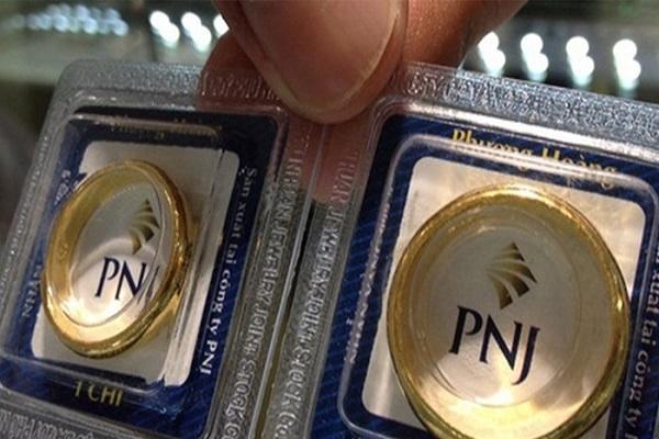 Giao dịch bán vàng PNJ có cần hóa đơn không?