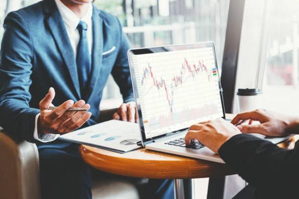 4 Trường phái đầu tư chứng khoán phổ biến nhất hiện nay